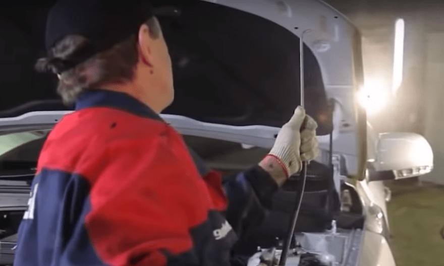 Фото процесса обработки авто от ржавчины