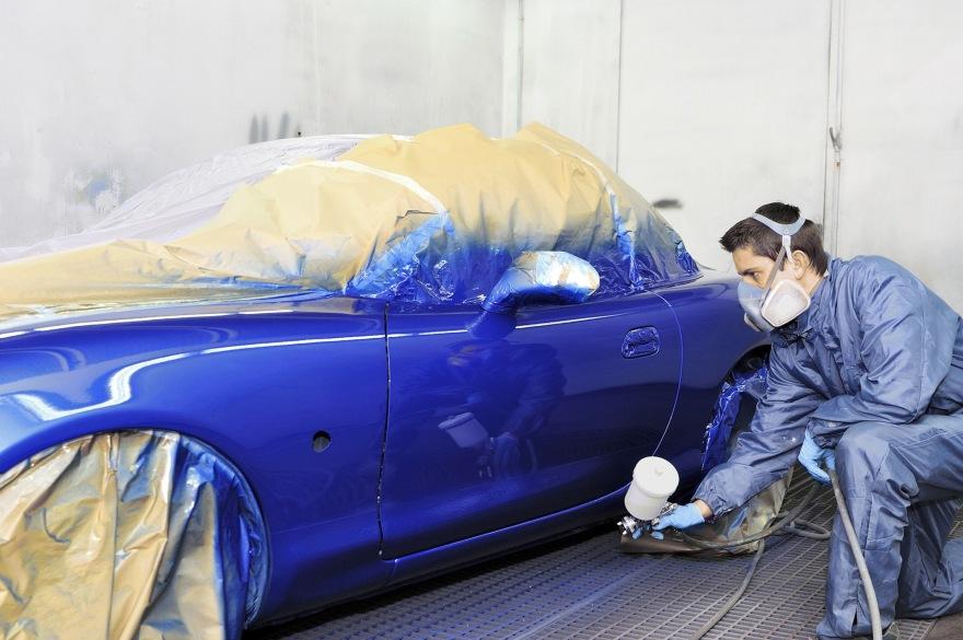 Фото процесса покраски авто в Ярославле