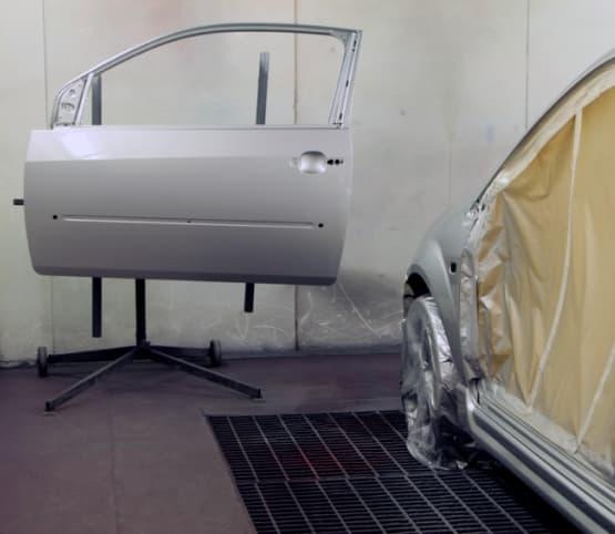Фото окрашивания двери в «АвтосервисПрофи»